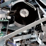 destruição de equipamentos dados Jardim das Acácias
